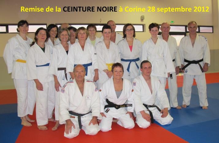 Remise de la CEINTURE NOIRE à Corine 28 09 2012 2