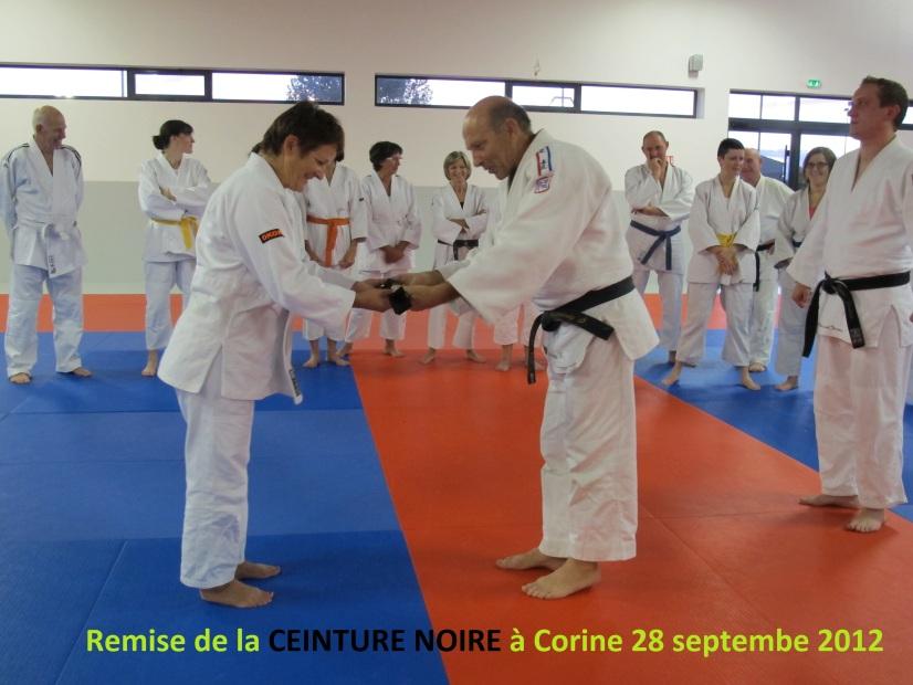 Remise de la CEINTURE NOIRE à Corine 28 09 2012